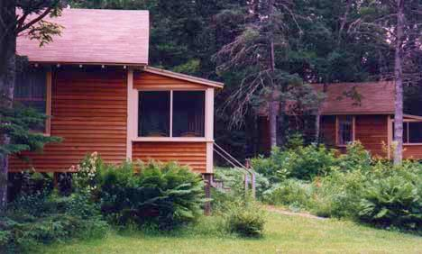 Garden and Waterfront Cottage Rental at Woodland Park Cottages
